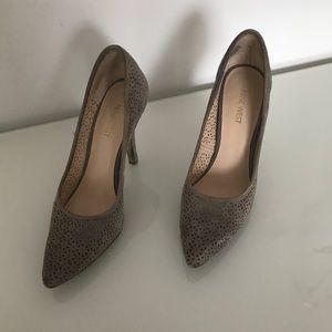 Suede Nine West shoes 8.5